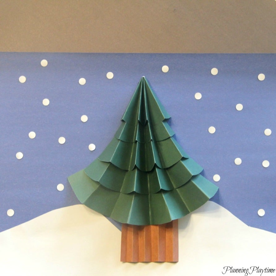 how to cut a christmas tree bottom