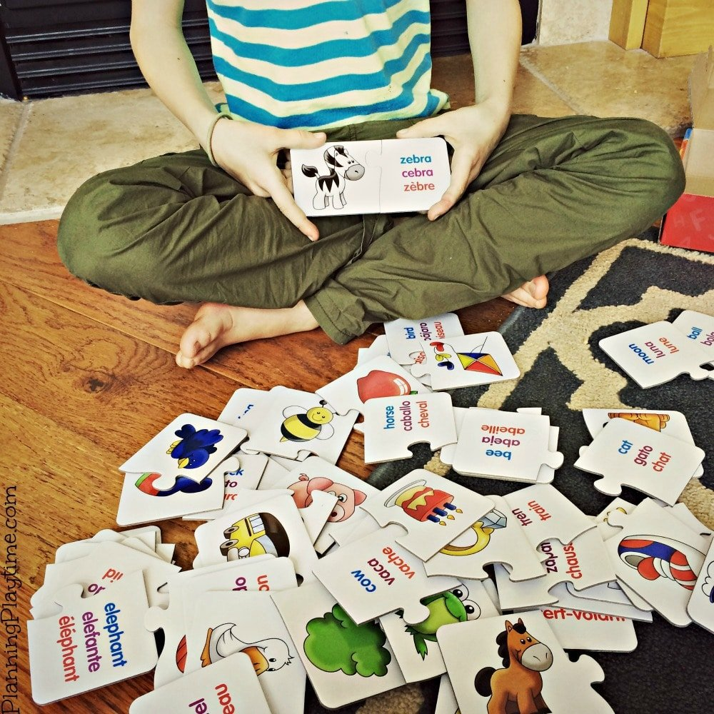 Secondary language puzzles for kids - words in English, Spanish, and French. So fun.