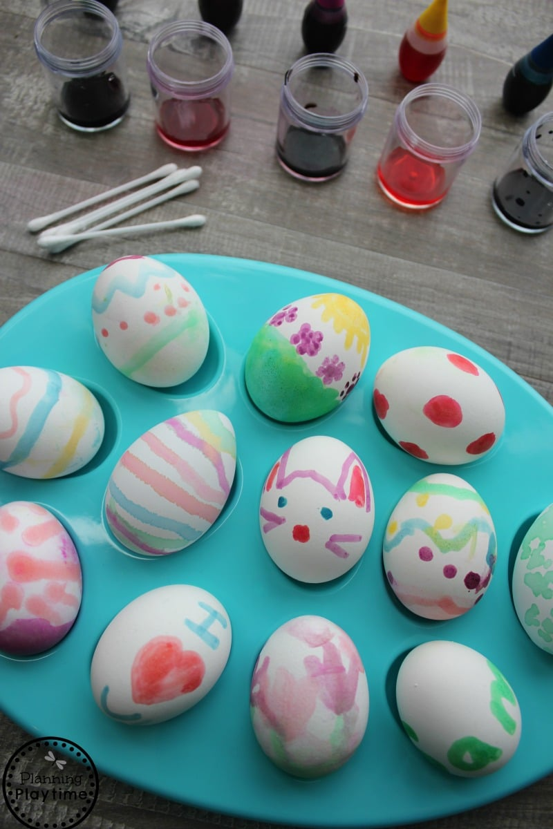 Painted easter eggs for kids using 2 ingredient food dye paint easter eastereggs