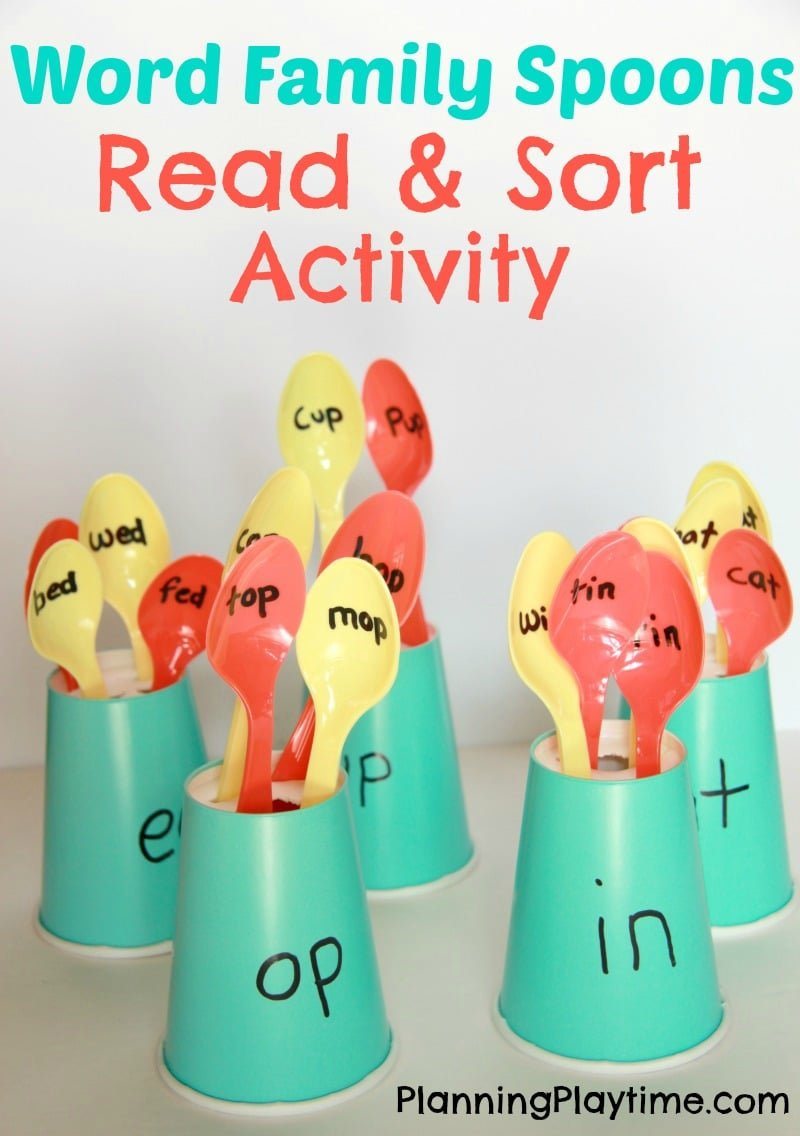 Word Families Reading Activity for kids.