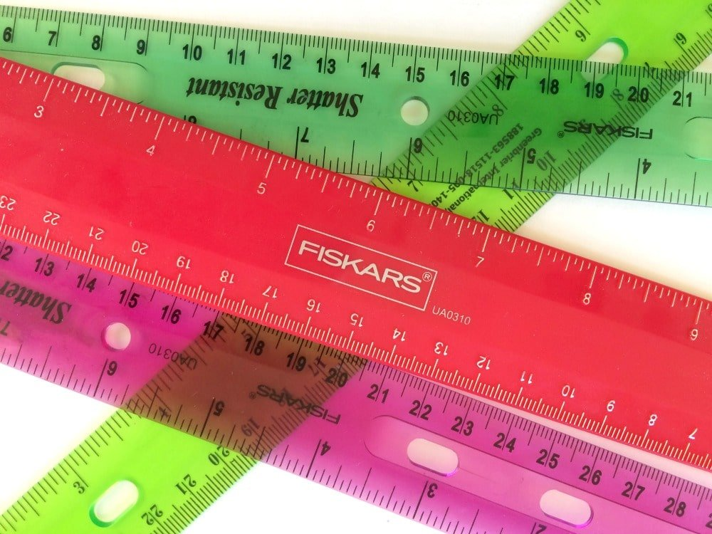 Shoe Tracing Measurement Activity for kids. Awesome Math Activity.