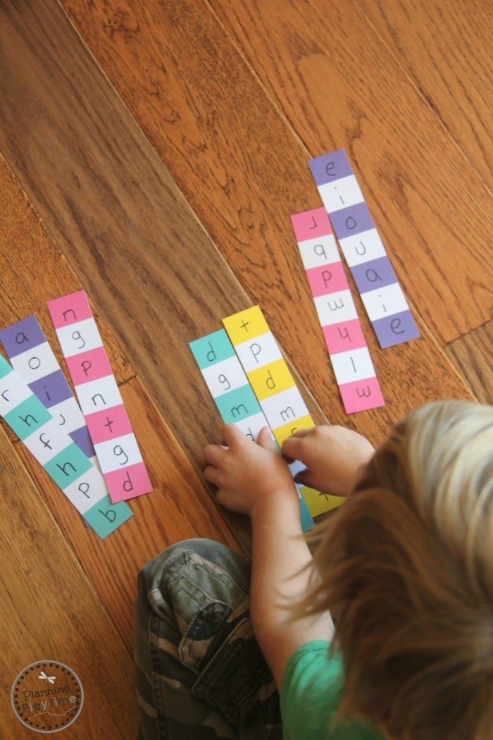 Paint Chip Word Puzzles Reading Activity for Kids.