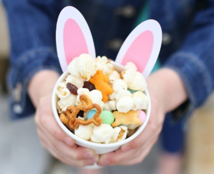 Bunny Snack Cup Craft and Easter Snack Mix