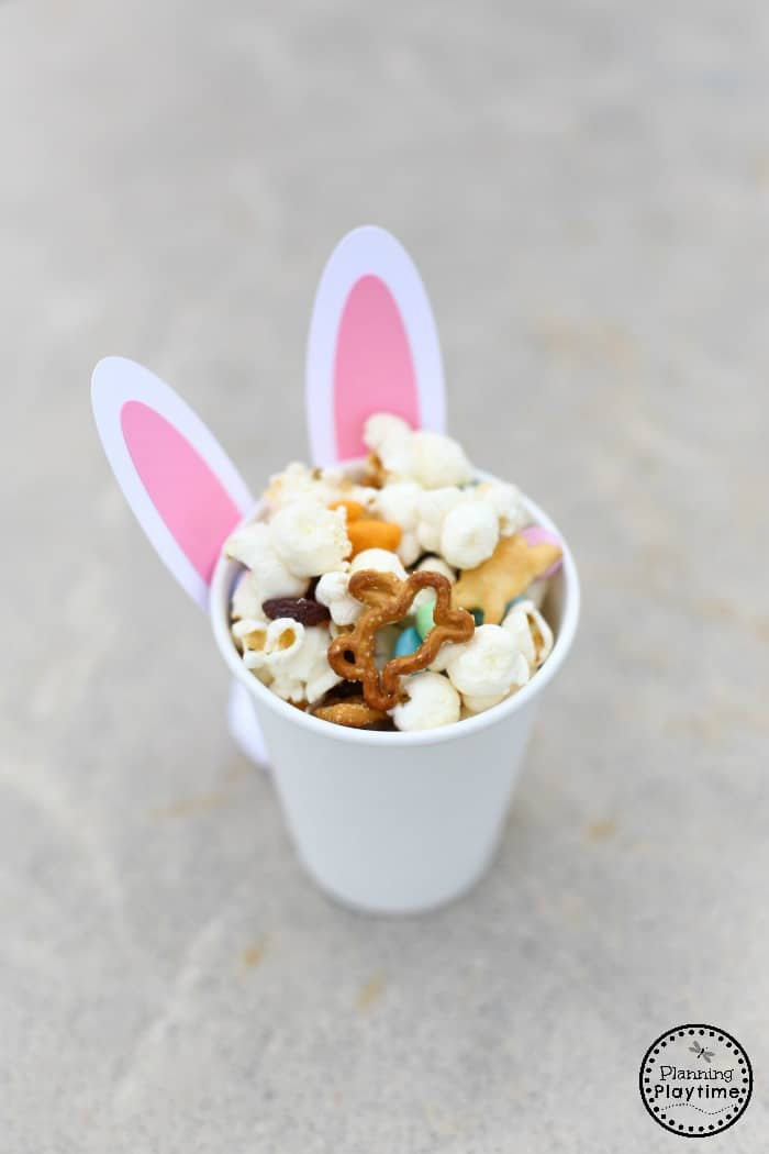 Bunny Snack Cup Craft and Snack Mix for Easter