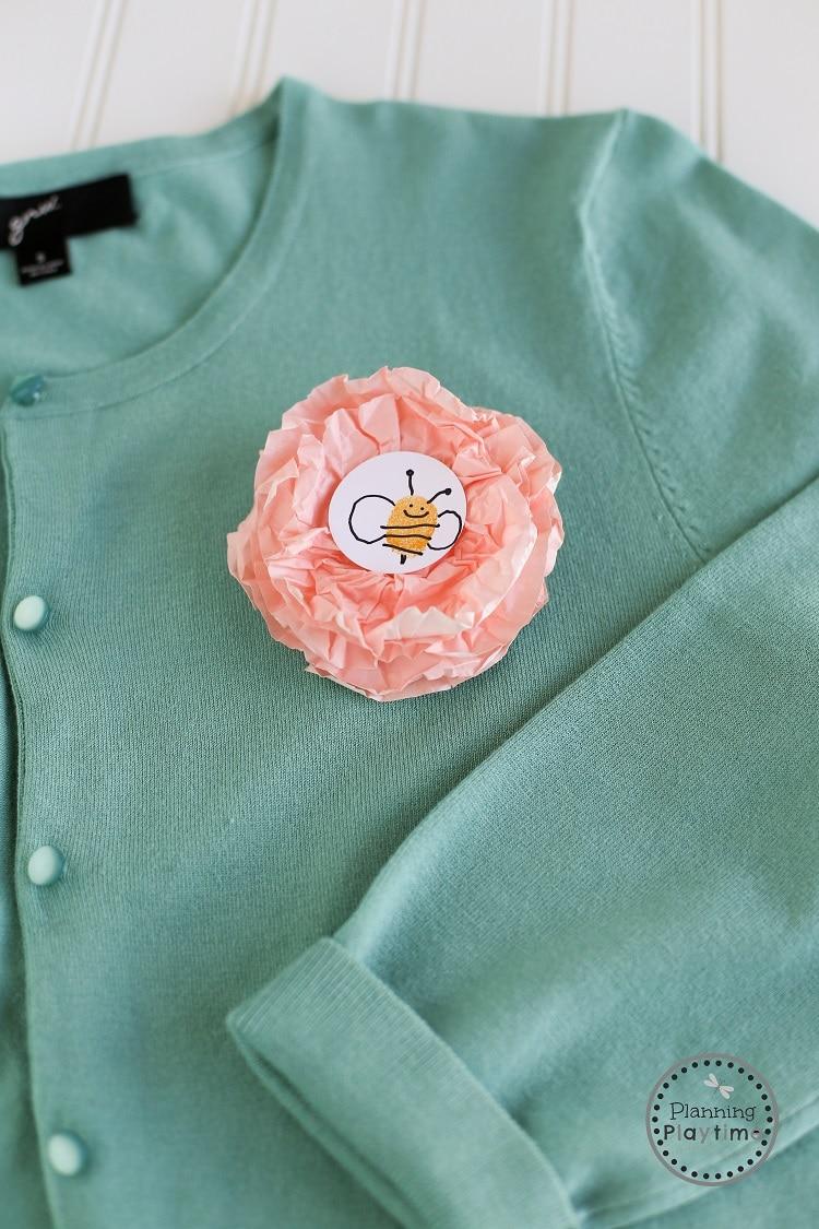 DIY Mother's Day Craft for kids - Cupcake Liner Flower Corsage