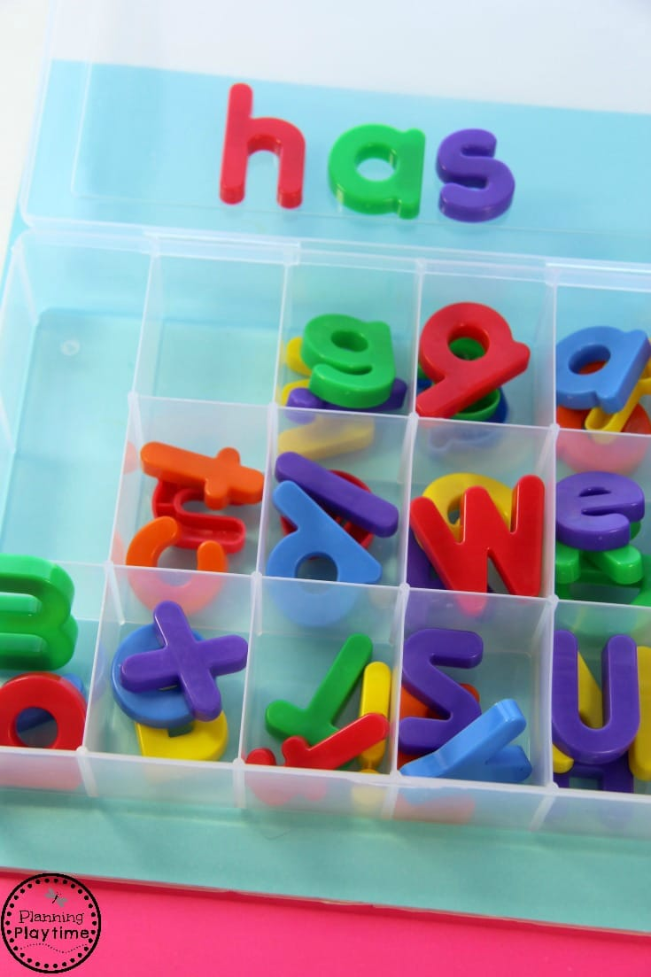 Cute Kinder Reading Activity - Sort and Read CVC Words.