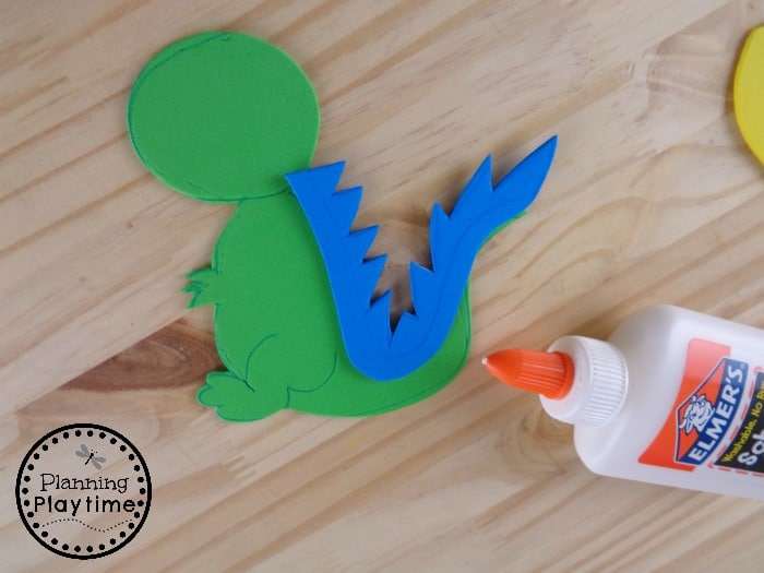 Letter D Alphabet Craft for Kids