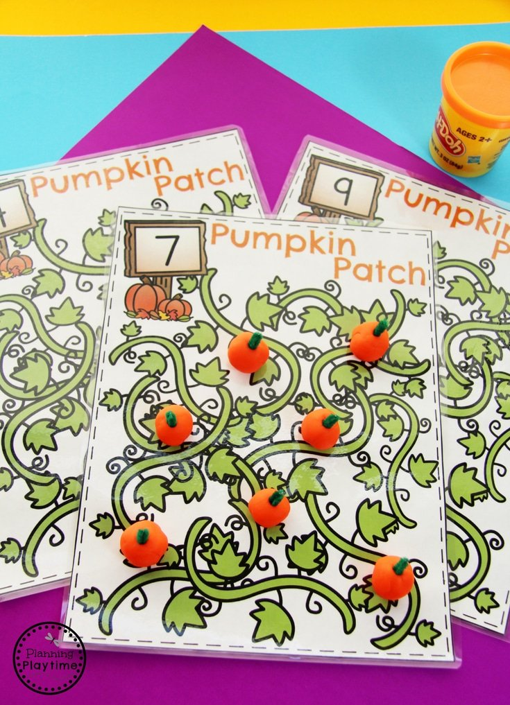 Pumpkin Counting Playdough Mat - Fun Preschool Activities for October