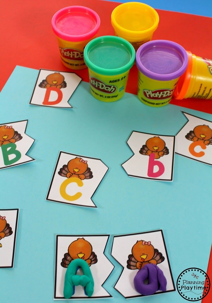 Thanksgiving Preschool Unit Activities and worksheets.