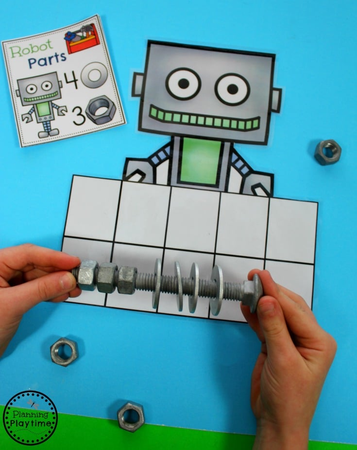 Robot Addition - Fun Kindergarten Math Game for kids.