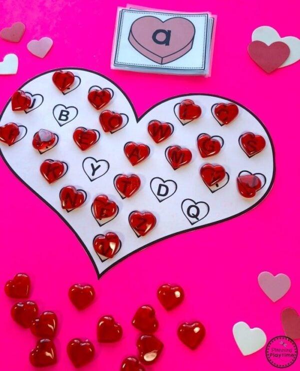 Preschool Valentine Games - Heart Letter Bingo #valentinesday #preschool #alphabet