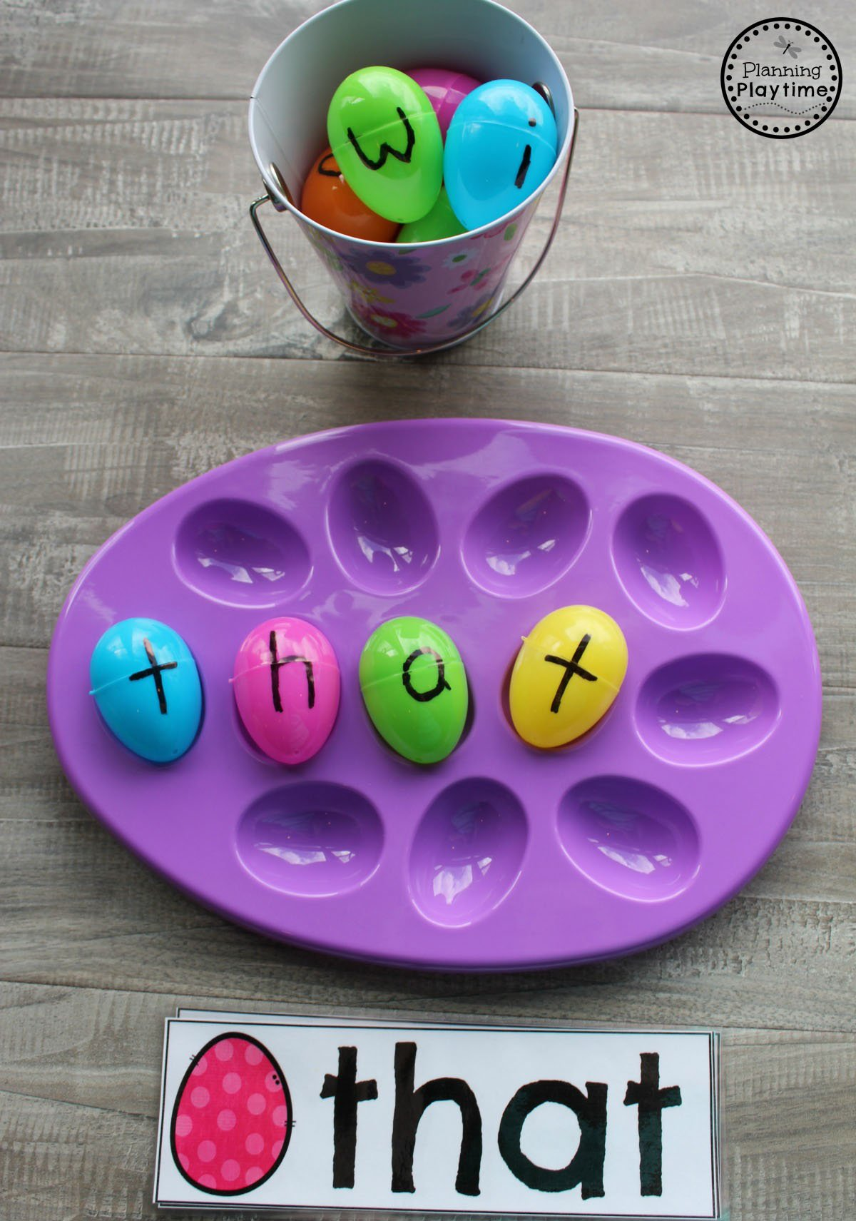 Preschool Sight Words Game for Preschool. #easter #preschool #easteractivities #easterpreschool #planningplaytime #sightwords