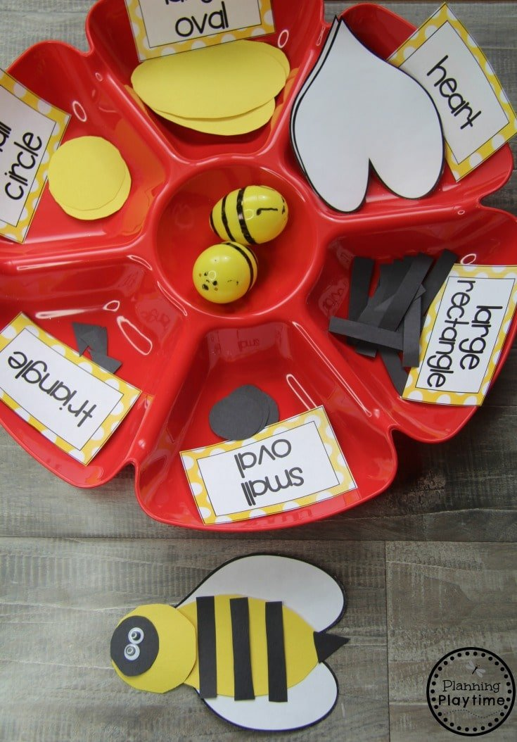 Build a Bee with Shapes Preschool Dramatic Play Activity #preschool #dramaticplay #dramaticplaycenter #preschoolideas #planningplaytime