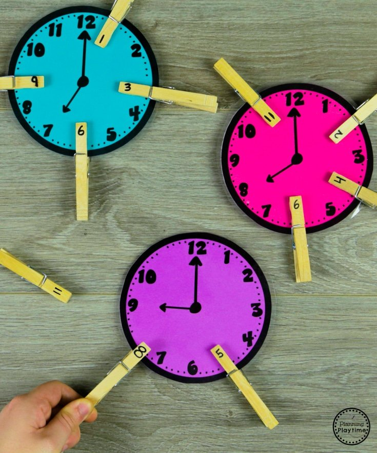 Fill in the Missing Numbers Clocks - Telling Time #kindergartenmath #kindergarten #kindergartencenters #tellingtime