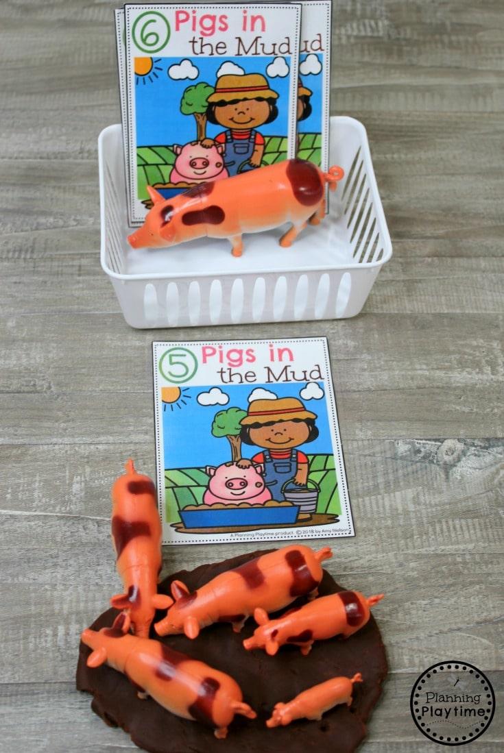 Preschool Farm theme Activities - Pigs in the Mud Counting #preschool #farmtheme #springpreschool #preschoolgames #preschoolfun #counting