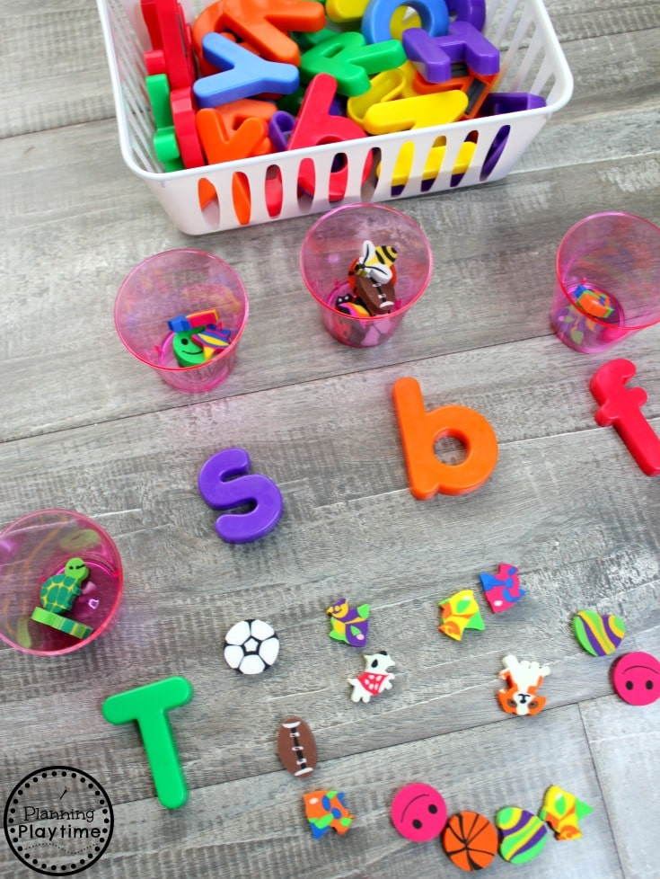 Beginning Sounds with Mini Erasers #preschool #minierasers #kindergarten #funlearning #planningplaytime #beginningsounds