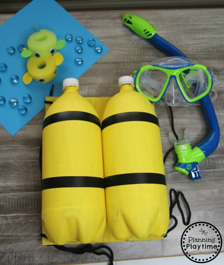 DIY Diver Tank - Preschool Dramatic Play for an Ocean Theme #preschool #dramaticplay #underthesea #oceantheme