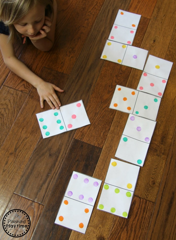 Fun Dominoes Game for kids with DIY Giant Dominoes #dominoes #dominoesgame #mathgame #kindergarten #preschool