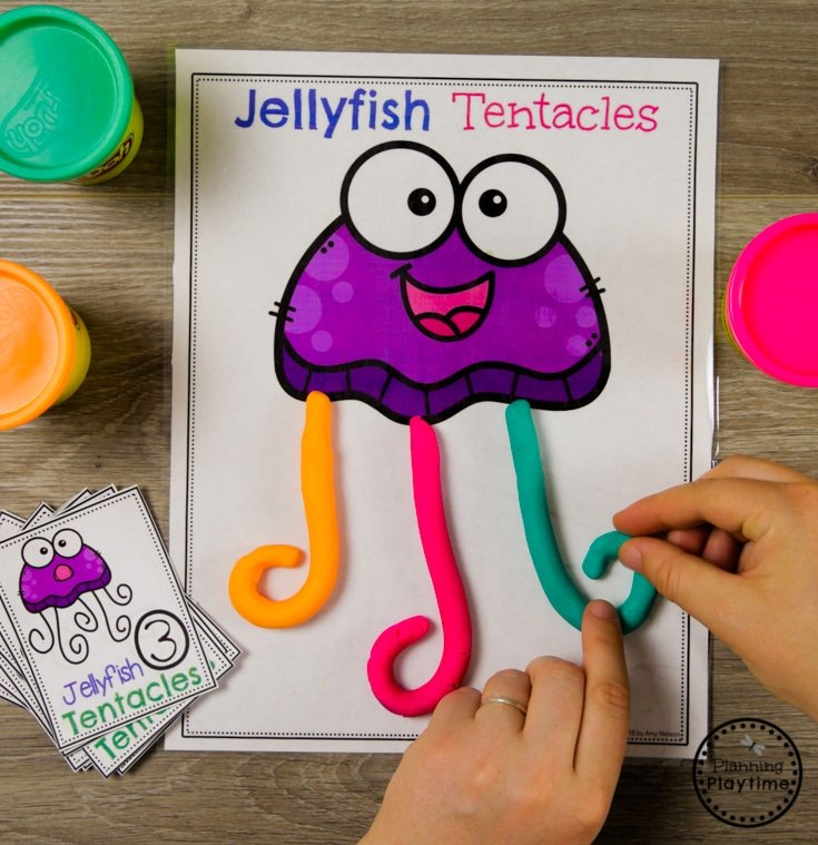 Jellyfish Tentacles Counting - Fun Ocean Theme Games for Preschool #counting #preschool #oceantheme #preschoolactivities #preschoolcenters #planningplaytime