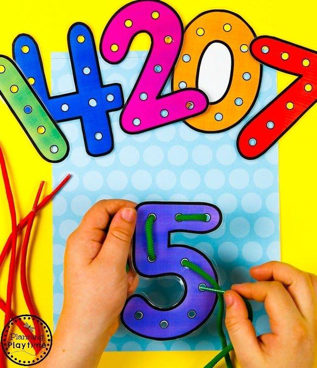 Lacing Numbers game for Preschool.#preschool #planningplaytime #preschoolmath