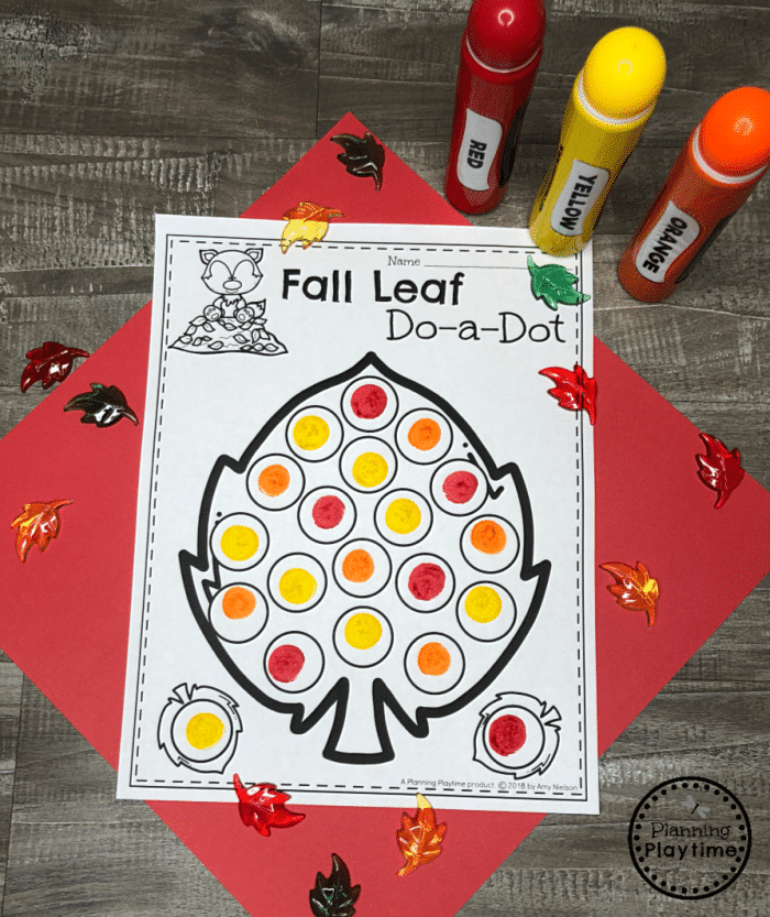 Fall Leaf Coloring Page for Preschool - Do a Dot #coloringpages #freecoloringpages #fallpreschool #planningplaytime
