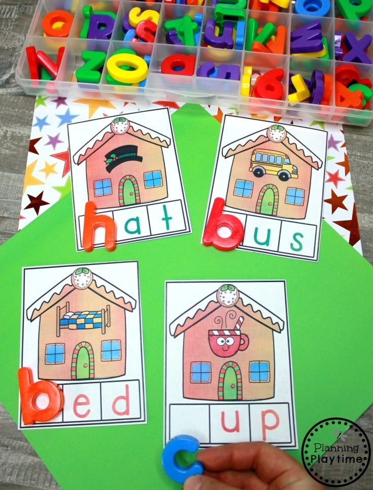 Beginning Sounds Game for Preschool - Gingerbread Man Printables #gingerbreadmanprintables #gingerbreadmanworksheets #gingerbreadmantheme #preschool #preschoolworksheets #planningplaytime