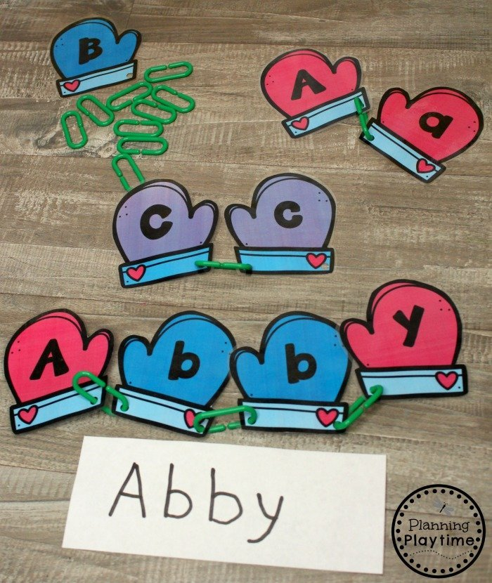 Winter Preschool Activities - Letter Matching and Name Spelling #winterpreschool #preschoolactivities #planningplaytime