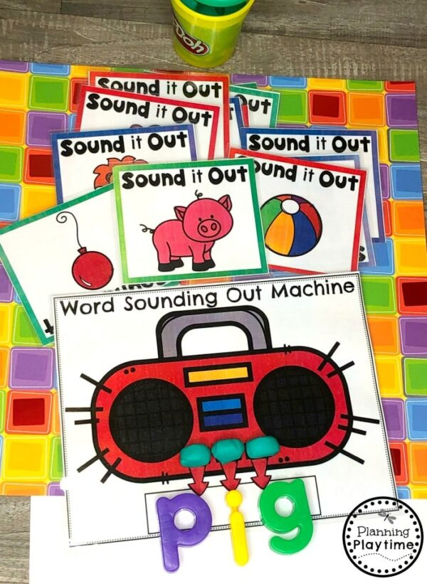 Decoding Words Activity - Sounding out Words Game for Kindergarten #writingprompts #writingworksheets #kindergarten #planningplaytime