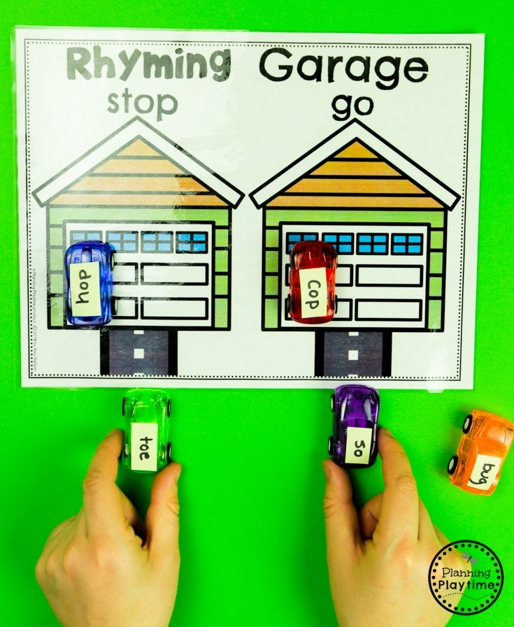 Rhyming Words Activities - Rhyming Garage. Drive the rhyming cards in and park. #planningplaytime #rhymingwords #kindergartenworksheets #rhymingworksheets #literacyworksheets