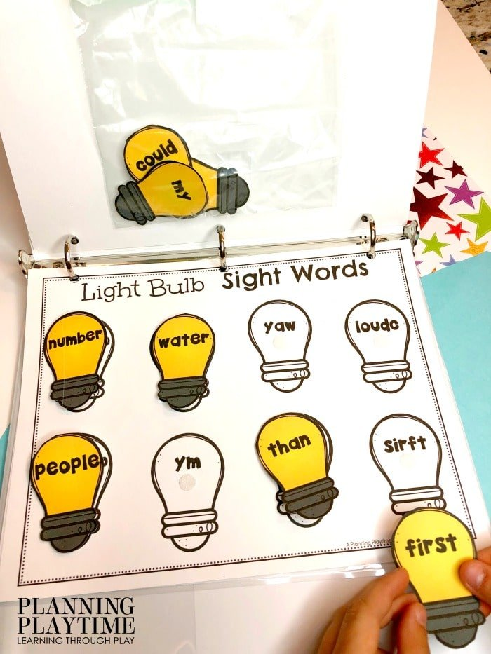Kindergarten Sight Words Activities - Interactive Binder Printables #sightwords #kindergartenworksheets #kindergartensightwords #planningplaytime