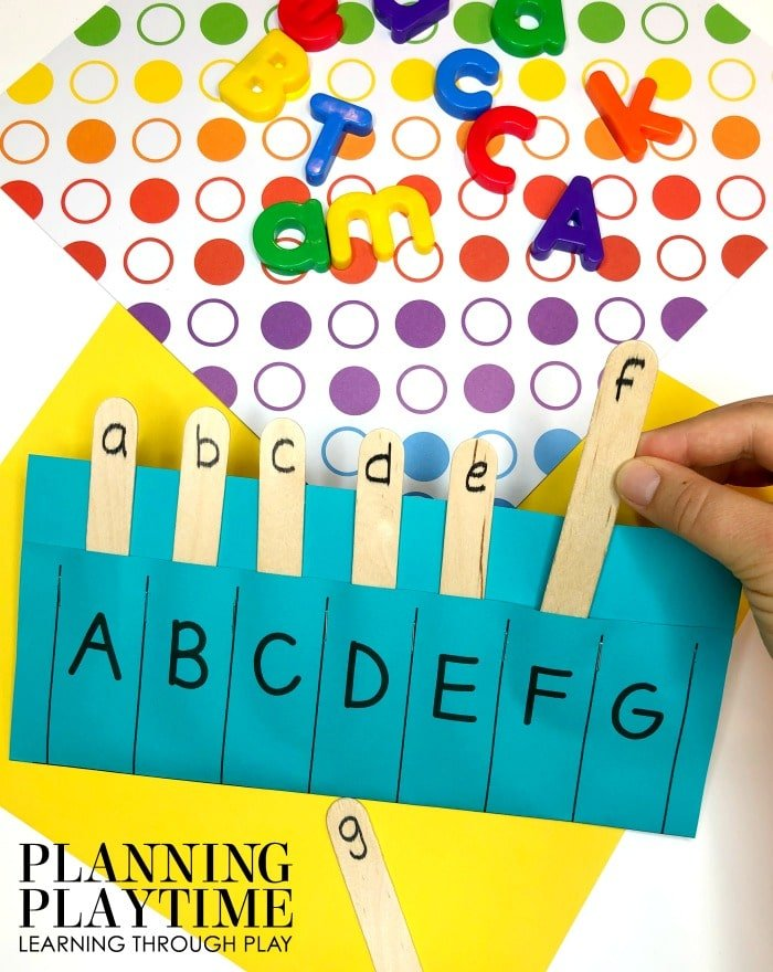 Letter Recognition Activities for Kids - Letter Matching #lettertracing #letterworksheets #alphabetworksheets #preschoolworksheets #preschoolactivities #alphabetactivities #planningplaytime